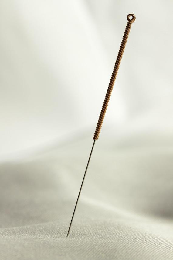Akupunktur - Nadel - alternative Heilungsmethoden